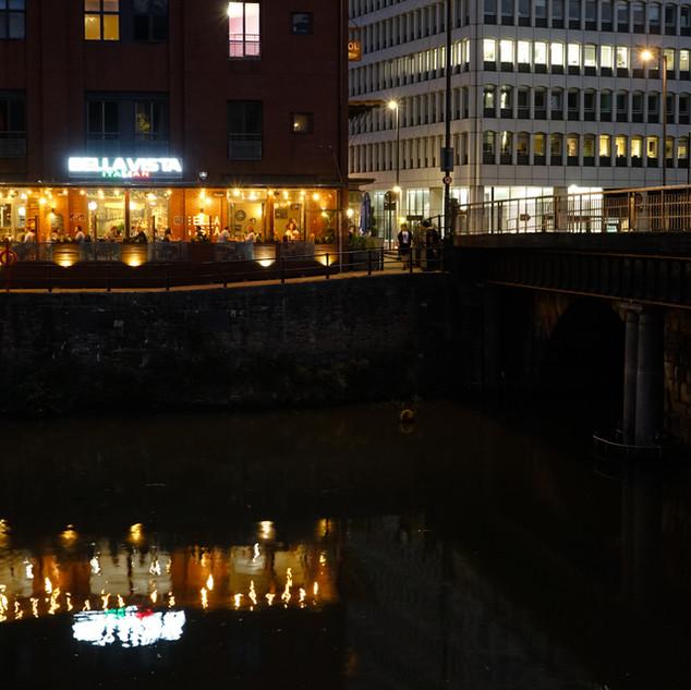 bella-vista-restaurant-river-avon.jpg