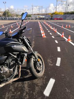 Scuola guida moto 1.jpg