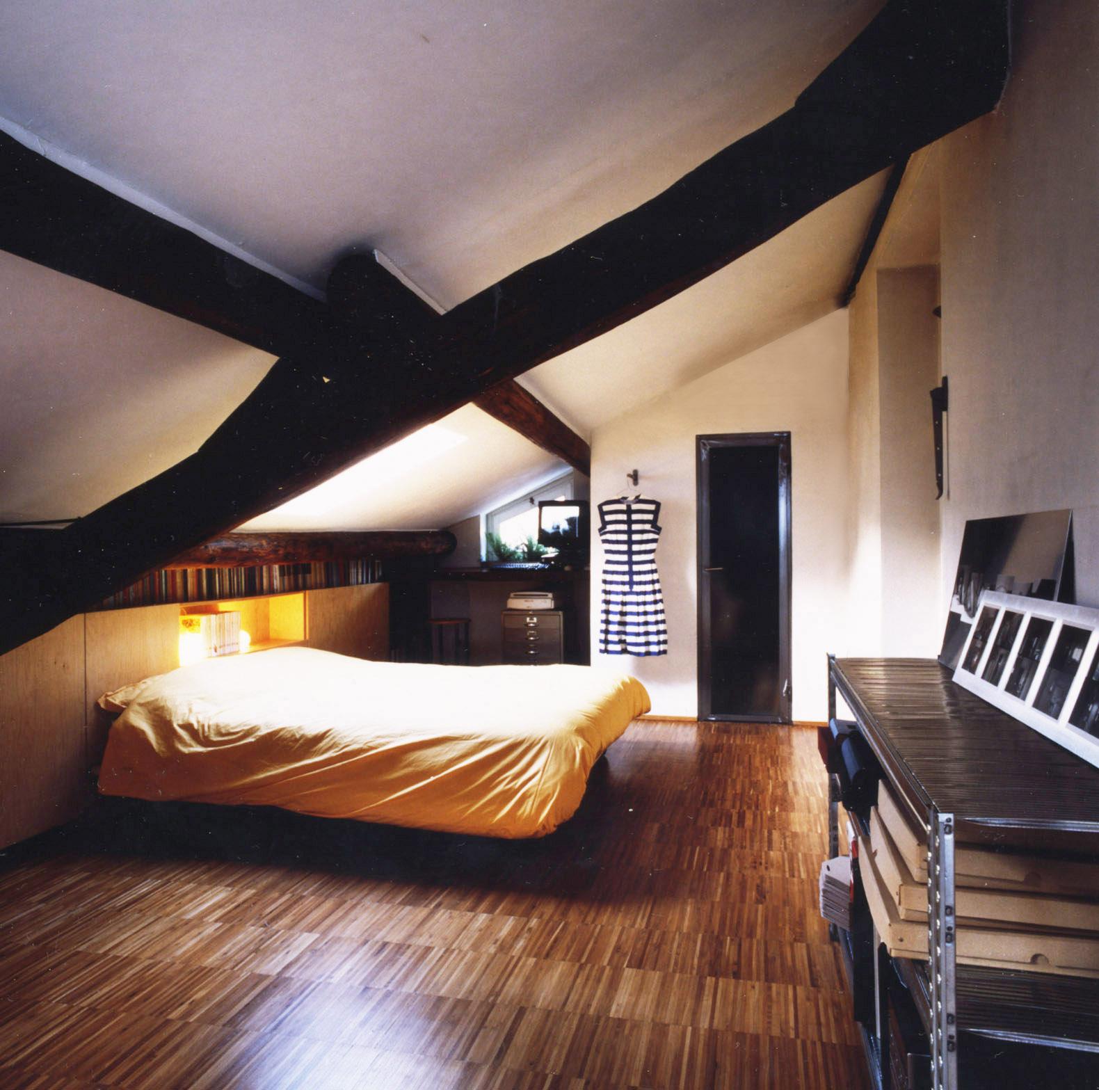 abitazione in casa di ringhiera a Mi