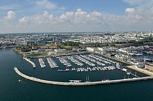 Port_de_Brest_ChÉteau.jpg
