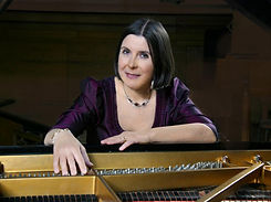 Maria Prinz, Pianistin