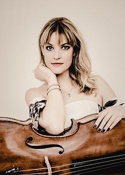 Ana Topalovic, Cellistin