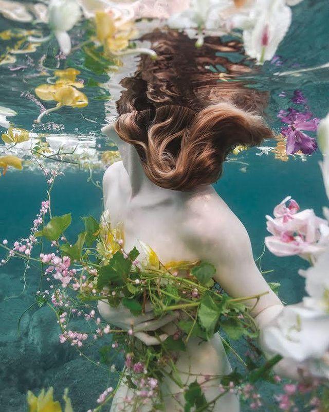 Vogueitalia: Healing Emotions Through Water
