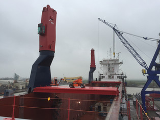 mv Nordana Sea - Placing of Cranes