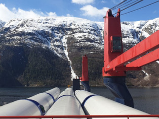 This week we have been loading and offloading cargoes in temperatures variating between -10 and +35