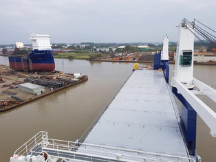 Symphony Spirit leaving her sister vessel Symphony Space @Ferus Smit shipyard (Leer, Germany)