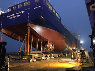 Building progress mv Symphony Provider, section assembled at dawn.