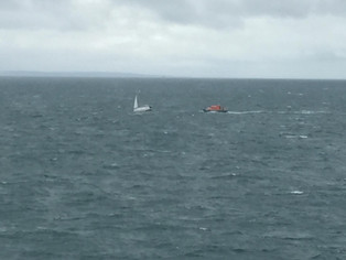 Last weekend MV Symphony Performer rendered assistance to a yacht in distress while waiting for the