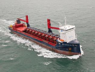 mv Symphony Sea passing Texel @ North Sea