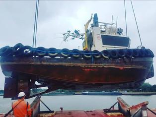 mv Symphony Sky @Zelzate, Belgium loading quite an interesting project cargo.
