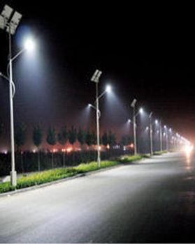 solarstreetlights1.jpg