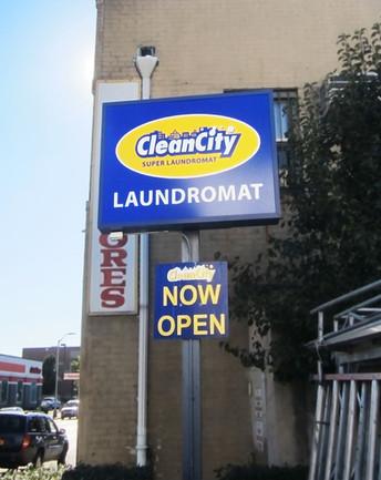 Cleancity Pylon sign.jpg