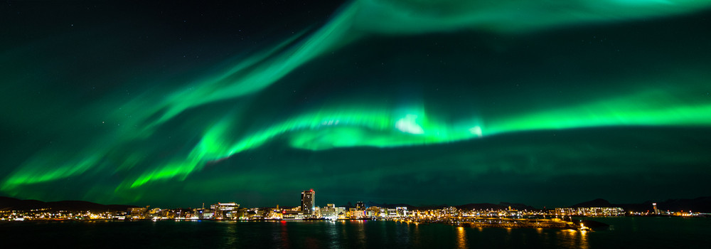 Skyline and auroras.jpg