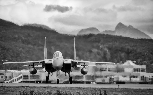 F15 Eagle taxi I.jpg