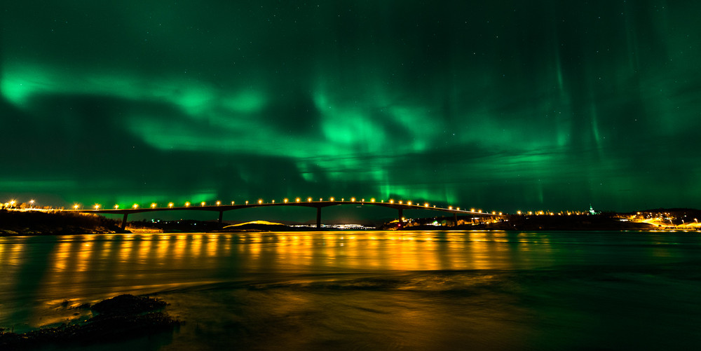 Green show over the bridge.jpg