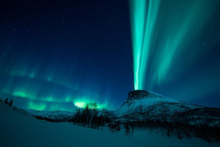 Aurora borealis over Kraakmotinden.jpg