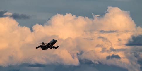 F-104 First flight again.jpg