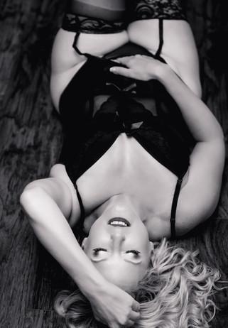 boudoir-black-and-white