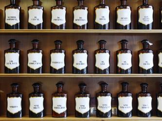 Bezpieczeństwo aromaterapii - najważniejsza sprawa to czystość olejków eterycznych.