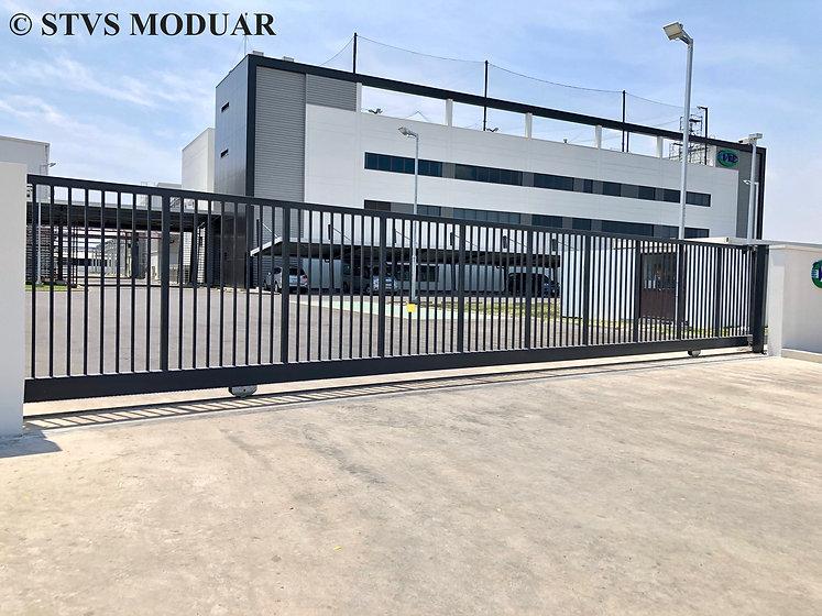 STVS Modular - VREC factory gate 6.jpg