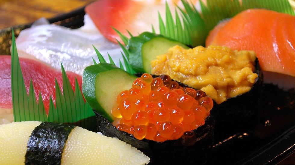 Tsukiji Outer Fish Market and Sushi Workshop
