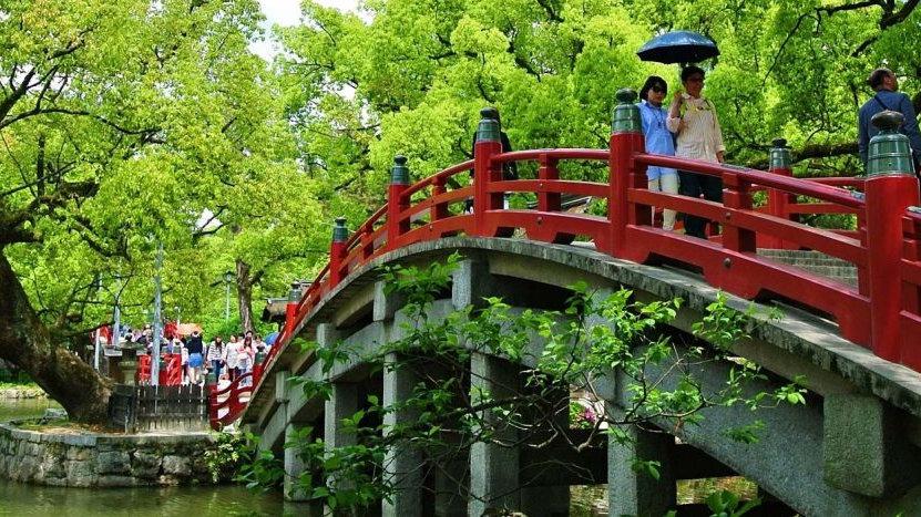 1 Day Dazaifu & Yanagawa Tour via Nishitetsu Train