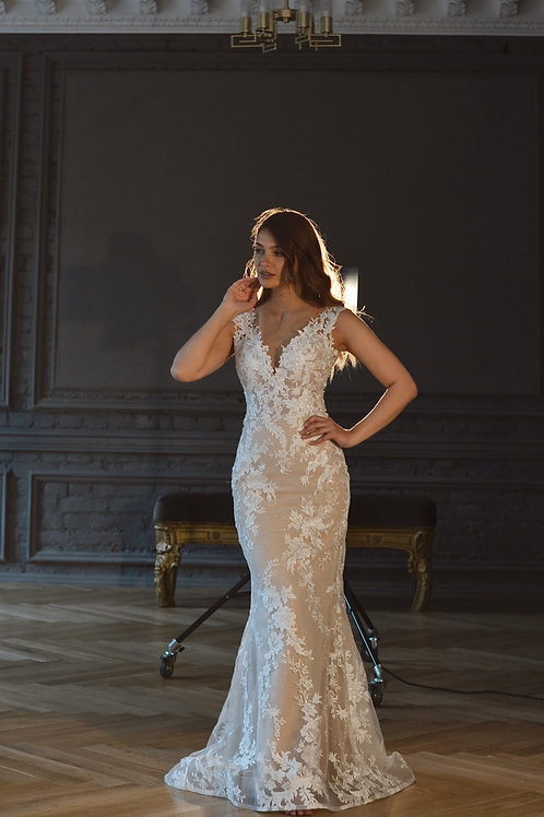 Mermaid Airis Mermaidby Olivia Bottega with glitter and lace
