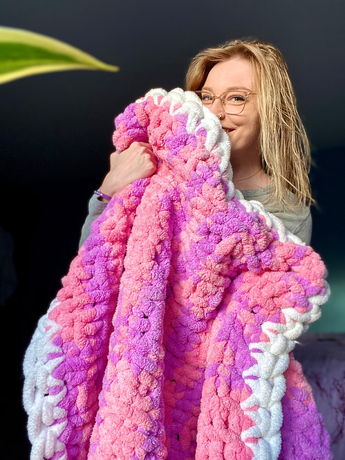 Sorbet Chunky Knit Blanket with Border