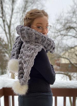 Chunky knit Scarf Faux Pom