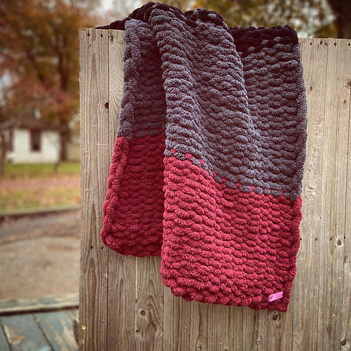 Tri-Colored Chunky Knit Blanket