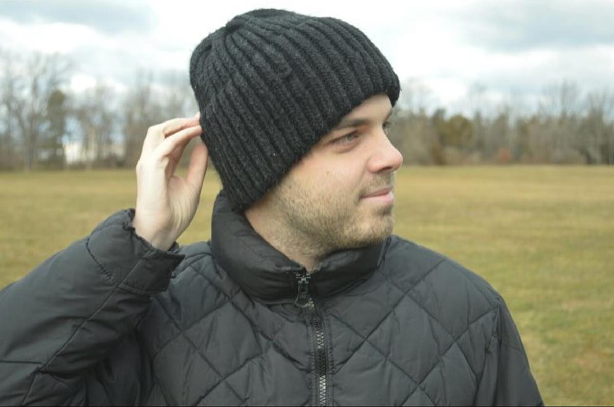 Classic Knit Black Hat