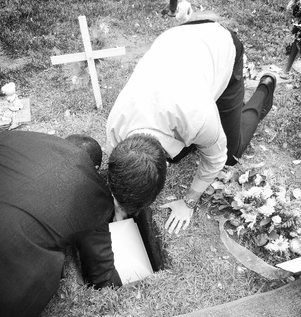 Daddy burying Bridget