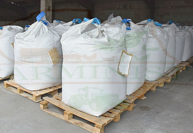 Large%20bags%20of%20fertilizer%20in%20wa