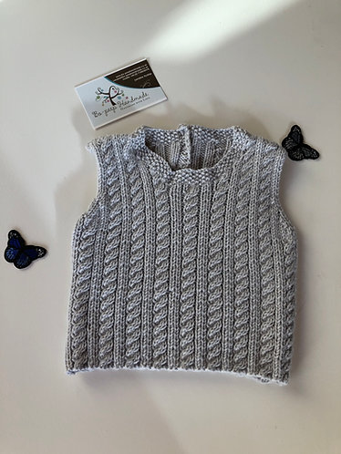 Cable sleeveless sweater