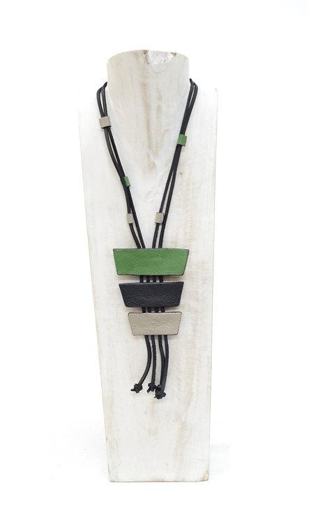 Collar de cuero  R3 Verde