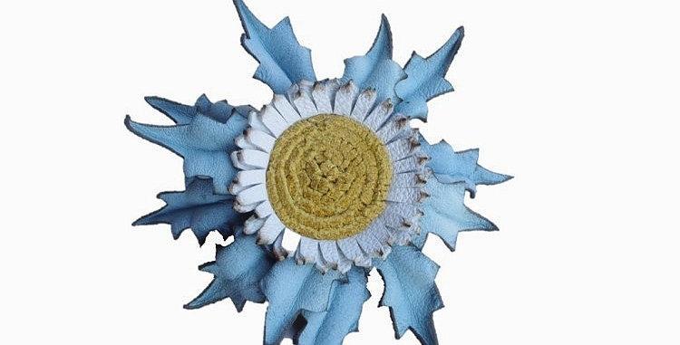 Eguzkilore Cuero Broche 3 Azul