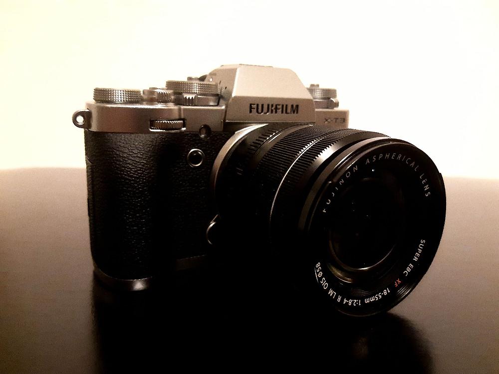 Black and silver Fujifilm X-T3