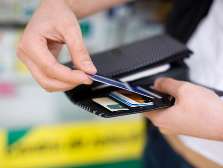 Why so Many Small Businesses are Using Pay Cards