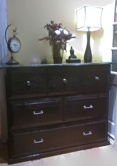 Classic Colonial Entry Table Cabinet