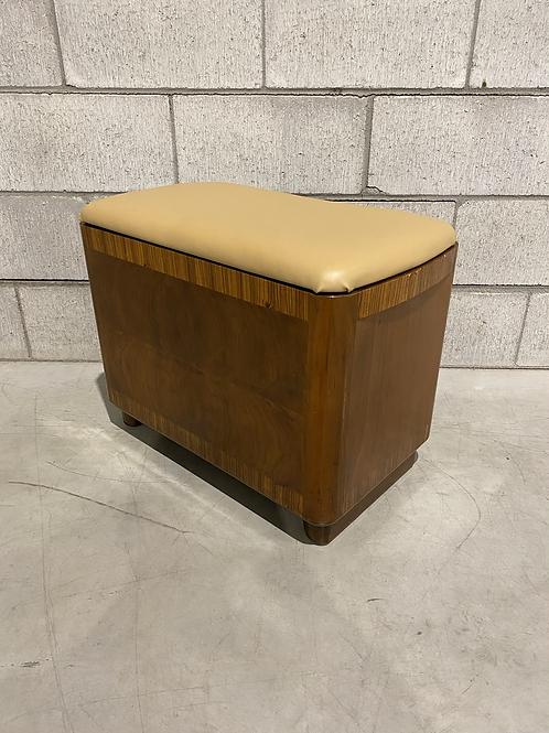 Coffre en Cèdre Vintage - Vintage Cedar Chest