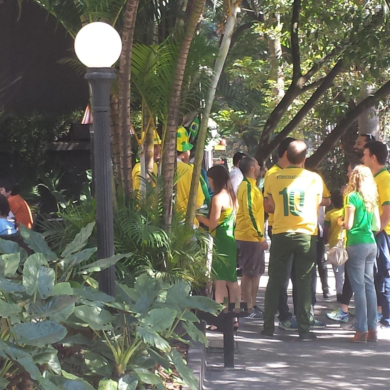 Brazilians at a bar