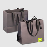 Luxury_Paper_Bags_with_Glued_Handles-477