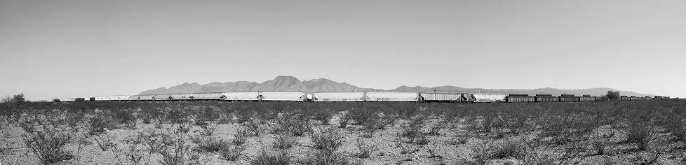 desert train n b 5  petit.jpg