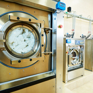 The Dry Cleaning Hub Wangara Machines.jp