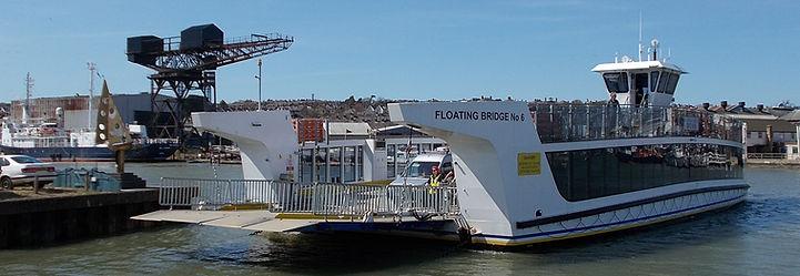 Cowes_Floating_Bridge%2C_Isle_of_Wight%2