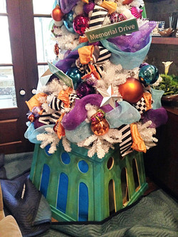 NYC & TX Christmas Tree Stand Home 4