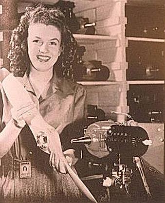 1940s-rosie-m-monroe-50.jpg