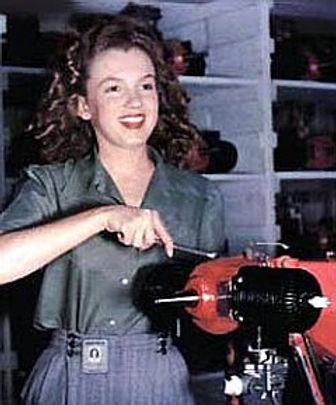 1940s-Rosie-M-Monroe-240.jpg
