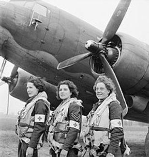 220px-Douglas_DC-3_-_Royal_Air_Force_Tra