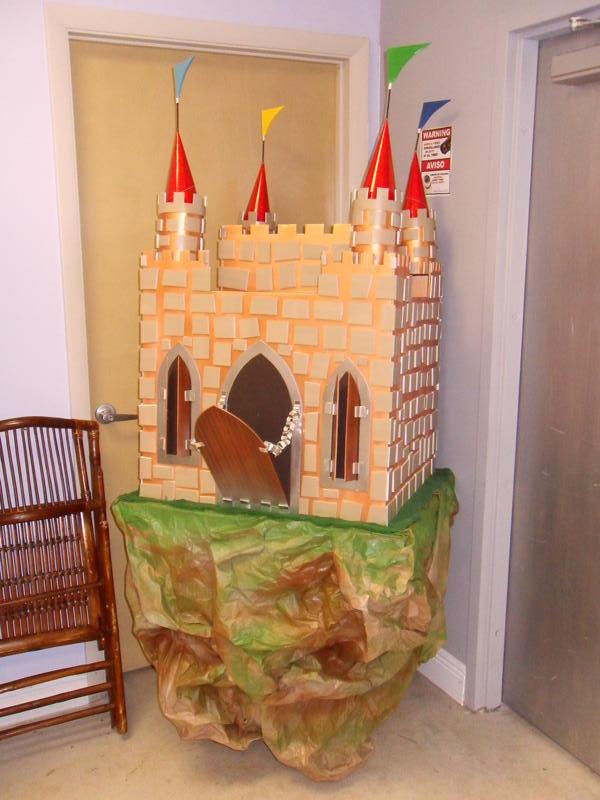 Castle Piñata